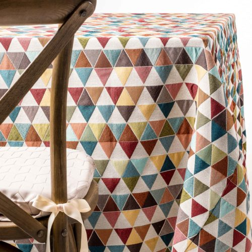 colored triangle tablecloth