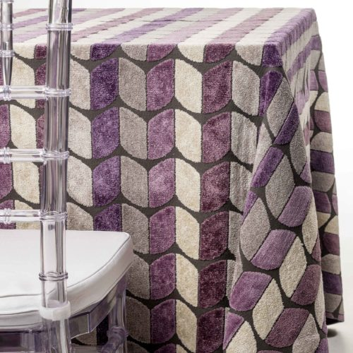 purple tulips tablecloth rentals in New Jersey. For weddings or parties. Tablecloth and napkin rentals by Chaya Sara Thau