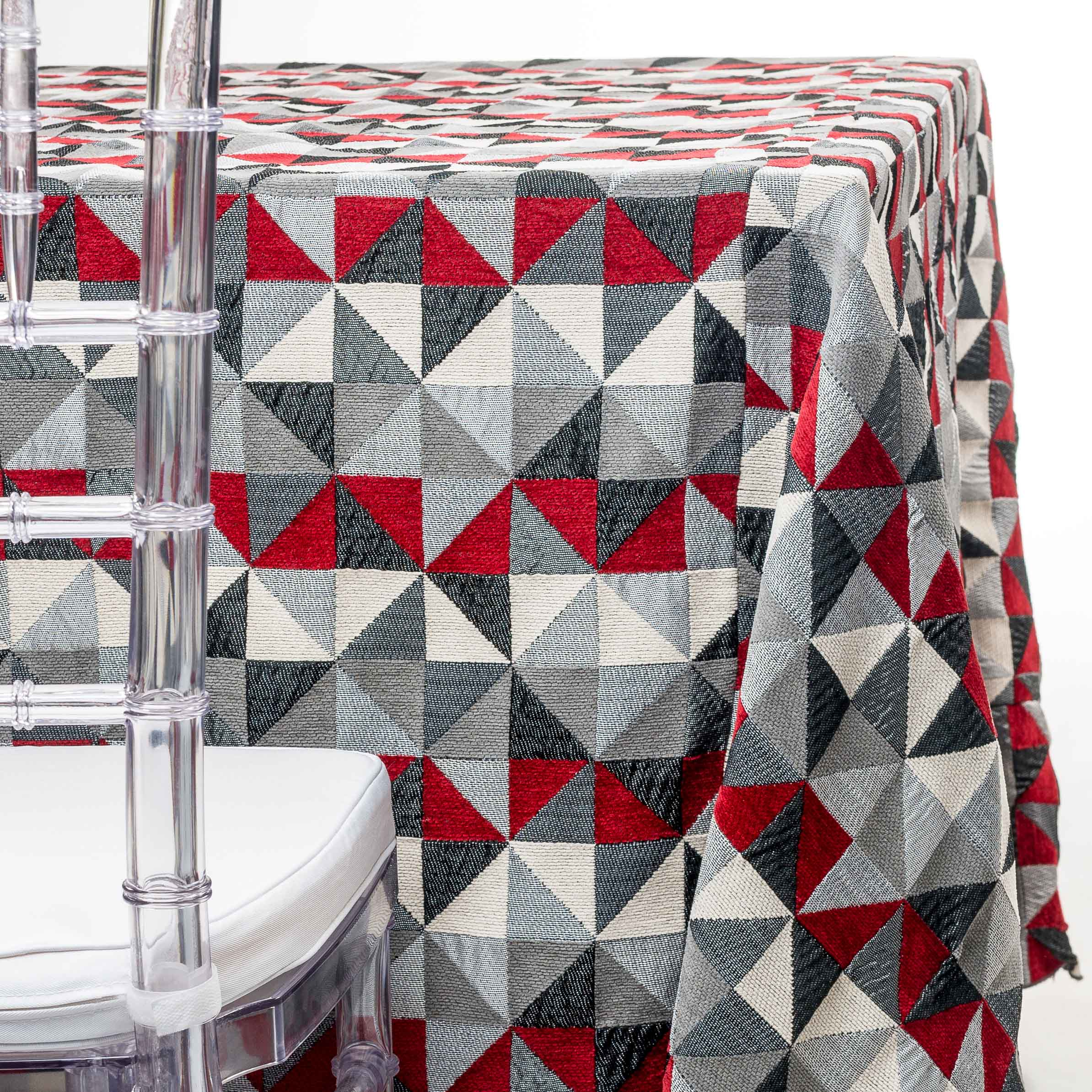red triangles tablecloth rentals in New Jersey. For weddings or parties. Tablecloth and napkin rentals by Chaya Sara Thau